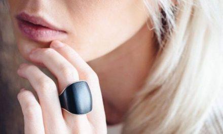 Russa desenvolve anel inteligente que envia alerta a conhecidos em caso de perigo