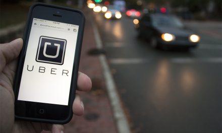 Uber começa a aceitar pagamento em débito