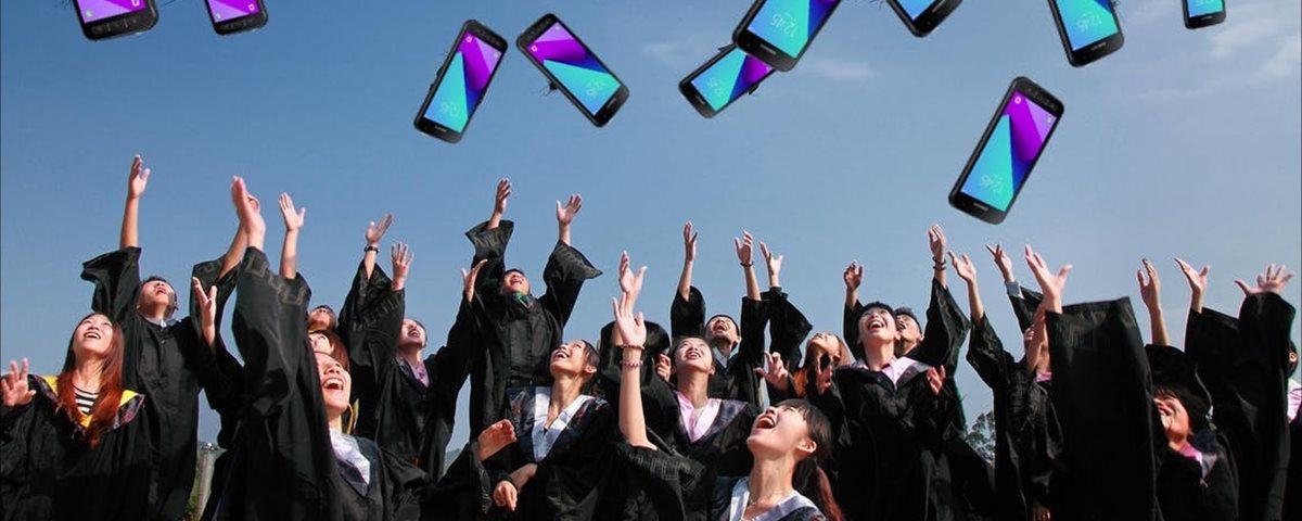 Governo holandês doa mil smartphones para estudantes de baixa renda