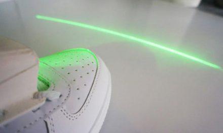 Sapatos com laser ajudam pessoas com mal de Parkinson a caminhar