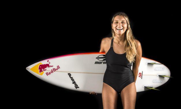 Maya Gabeira é a primeira mulher a quebrar recorde de surf
