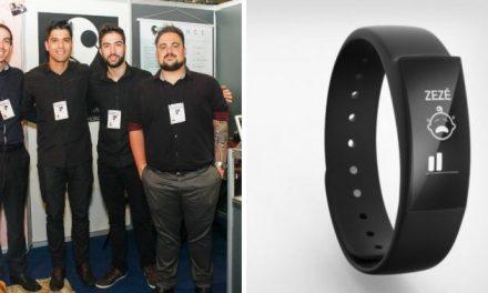 Brasileiros inventam pulseira para alertar pais com deficiências auditivas